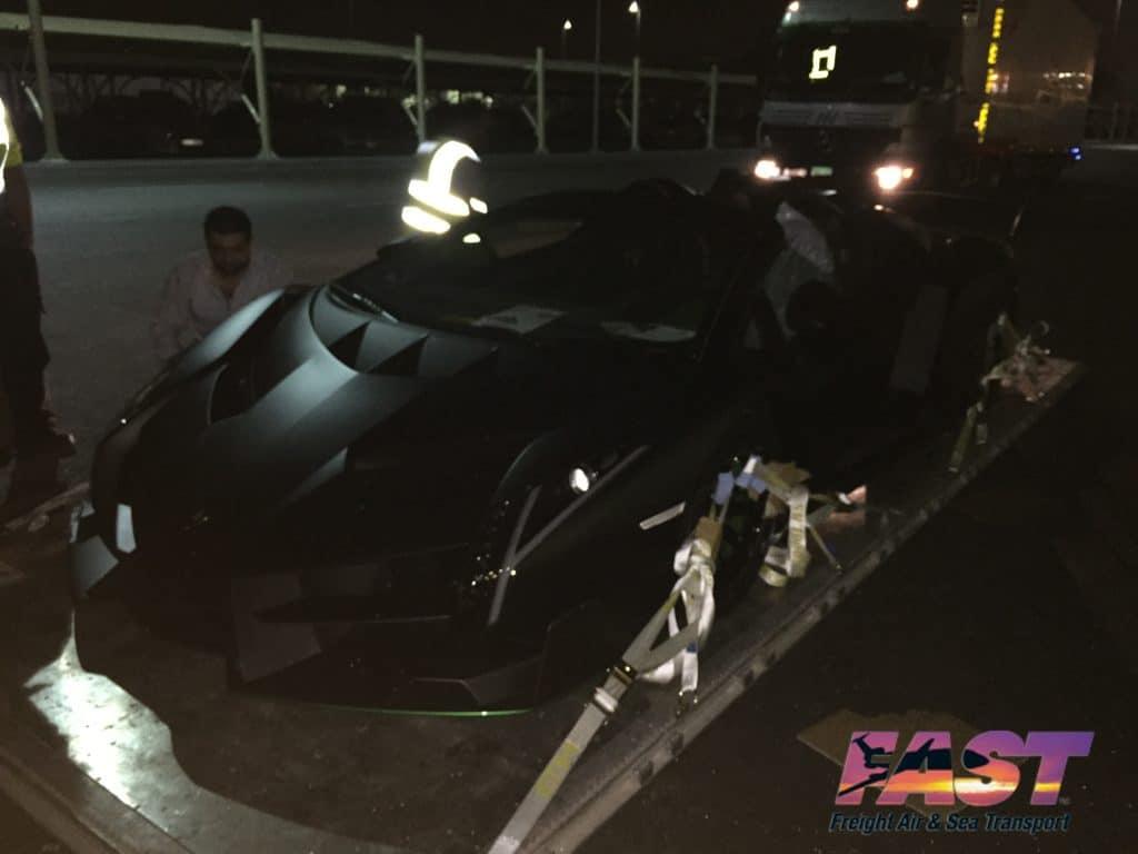 Lamborghini Veneno transport